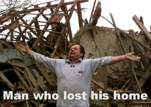 A MAN SCREAMS OUTSIDE HIS HOUSE DESTROYED BY NATO BOMBING IN NIS.
