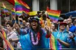 nyc_gay_pride_parade_5ec6bfc0eee7d9ed764b58586c784eae.nbcnews-ux-2880-1000