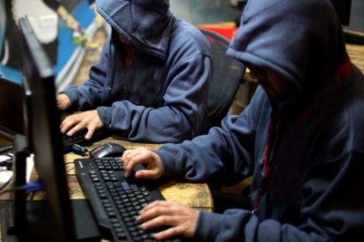 hackers-6000